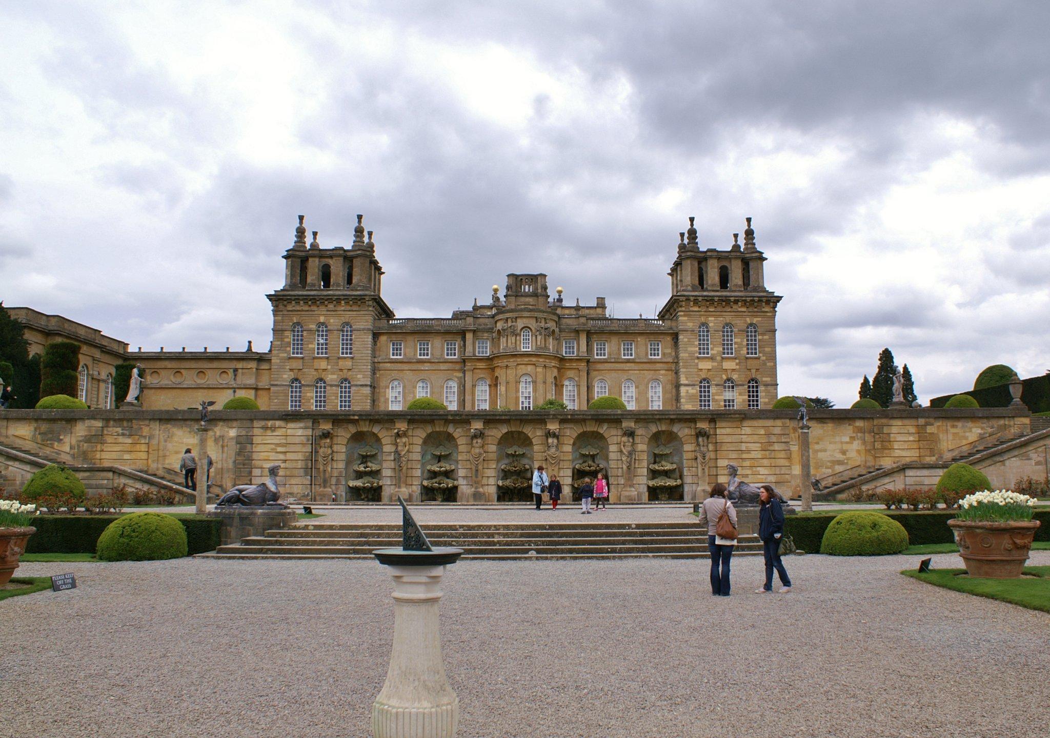 Blenheim Palace Image 100